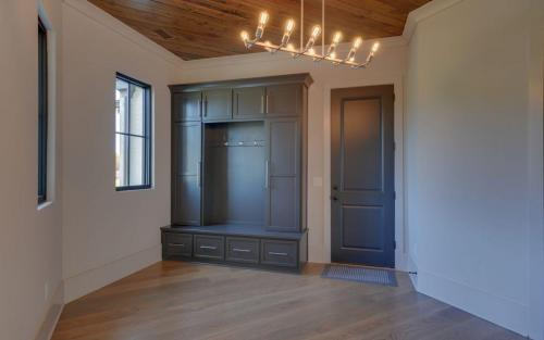 CUSTOM HOME BUILD-print-024-019-Mud Room-3200x2000-300dpi