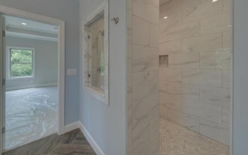 Jefferson Custom Master Bathroom (Custom Home Builder Gainesville Georgia) (3)